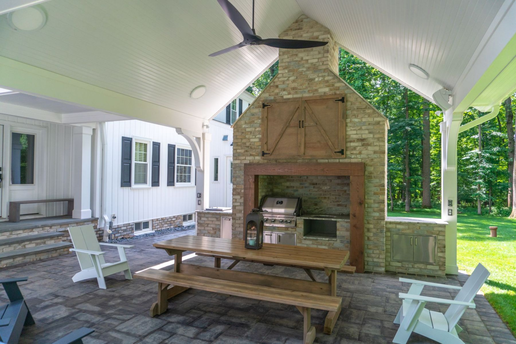 Covered outdoor kitchen and patio in Howard County, MD