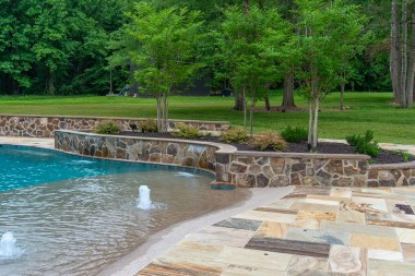 Calure-Retaining-wall-and-pool-entry