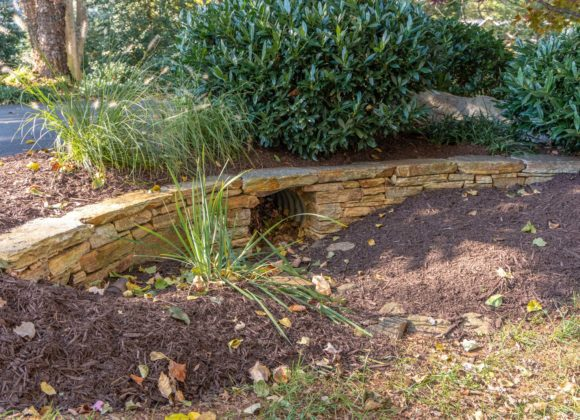 Retaining Walls Dayton: Decorative retaining wall for ditch drain