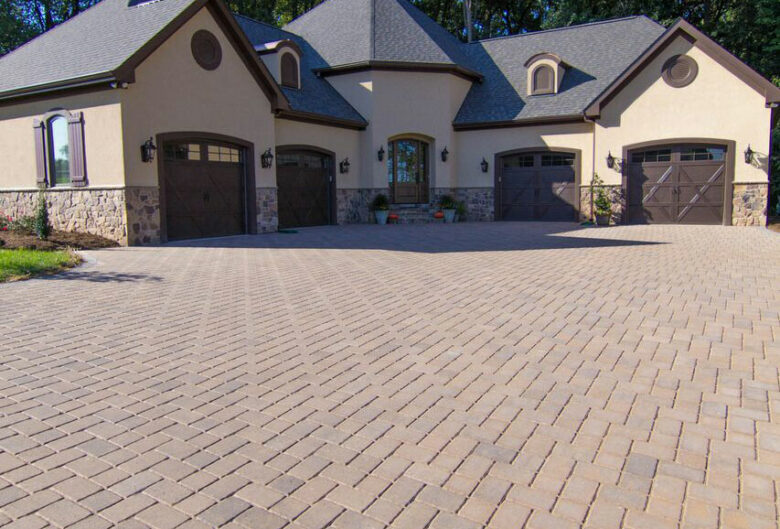 Driveway brick pavers leading up to a Glenwood, MD, home