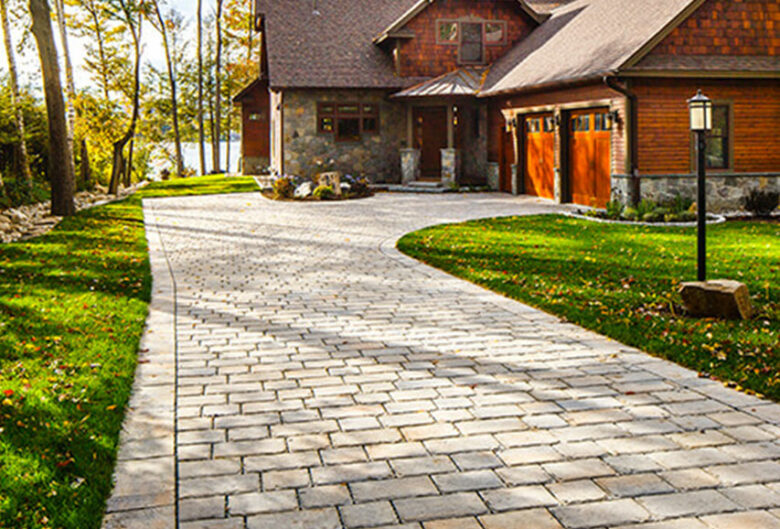Cobblestone Pavers leading up to a Clarksville, MD, home, by Techo-bloc
